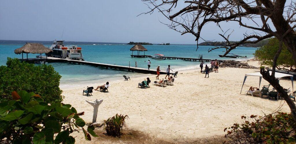 Luxury-Island-2-1024x498